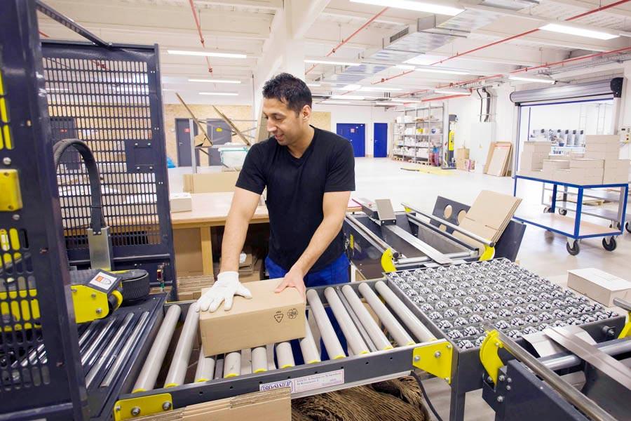 Versandstation in Druckerei
